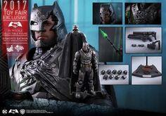 Hot Toys MMS417 Batman v Superman Armored Batman 1/6 Scale Figure Model