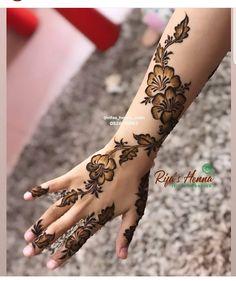 Modern Henna Designs, Henna Tattoo Designs Simple, Floral Henna Designs, Latest Arabic Mehndi Designs, Henna Art Designs, Mehndi Designs For Girls, Mehndi Designs For Beginners, Dulhan Mehndi Designs, Mehndi Designs For Fingers
