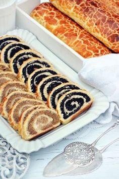 A bejgli, ami nem reped ki, sok-sok töltelékkel (bögrésen is) – Rupáner-konyha Hungarian Desserts, Hungarian Recipes, Waffle Cake, Serbian Recipes, Torte Cake, Good Food, Yummy Food, Baking Muffins, Sweet And Salty