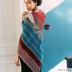 pattern knit crochet woman shawl autumn winter katia 6141 58 p Knitted Shawls, Crochet Scarves, Crochet Shawl, Knit Crochet, Gilet Mohair, Hooded Cowl, Crochet Woman, Crochet Accessories, Chain Stitch