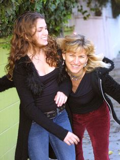 Catherine Hardwicke and Nikki Reed - Thirteen, Lords of Dogtown, and Twilight