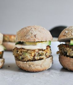 these Crispy Quinoa Sliders are super vesatile and simple I howsweeteats.com
