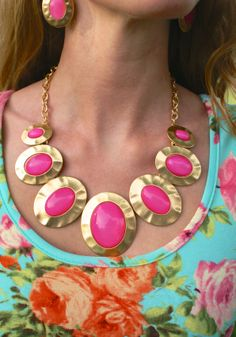 Get this beautiful necklace @ Sweetie Styles! www.sweetiestyles.com  Follow us on Instagram @Sweetie Styles
