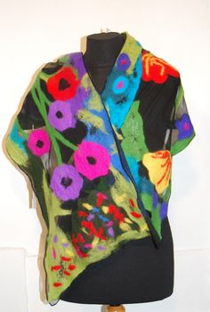 Chiffonschal mit Blüten befilzt... Ursula Pauly