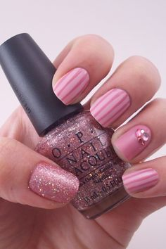big fan of just one nail with glitter #pink #stripes