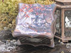 """Зоя Чернышова)  Чайный короб """"Старая терраса, чай, патефон..."""" - коричневый, чайная коробка"""