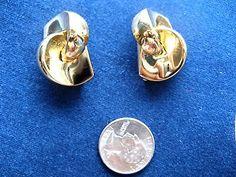 Vintage Signed Christian Dior Gold-Tone Metal Clip Earrings - http://designerjewelrygalleria.com/christian-dior/vintage-signed-christian-dior-gold-tone-metal-clip-earrings/