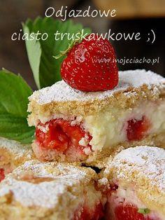 A cool strawberry cake Polish Desserts, Polish Recipes, Baking Recipes, Cake Recipes, Dessert Recipes, Summer Cakes, How Sweet Eats, Chocolates, Baked Goods