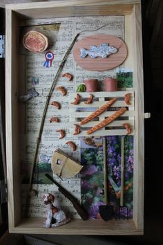Box Assemblage design in pallet wood and repurposed window glass