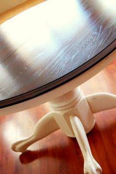 MY CREATIVE PINK!: Oak Table Turned Beautiful!! varnish/paint how-to