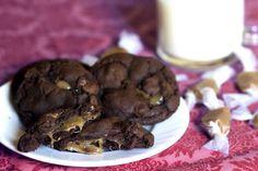 Salted Caramel-stuffed Double Chocolate Cookies