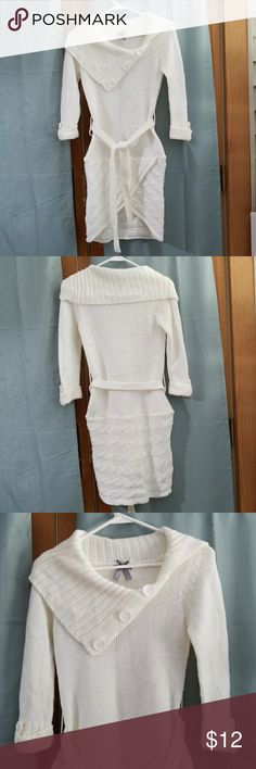 Knitted 3/4 sleeve Blouse Form fitting and perfect with black leggings. Has a little snag on the right shoulder but not really obvious because the collar covers it and still in good condition. Off white color..bundle to save more :) Vanity Tops Blouses
