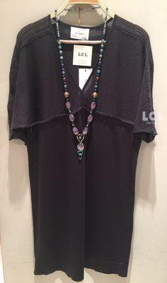 Para este verano Sita Murt nos propone una colección femenina con predominio de los tonos neutros. Ya disponible en tienda este vestido de la nueva colección Sita Murt Spring Summer 2017 + collar Coco Zagazeta. #sitamurt #cocozagazeta