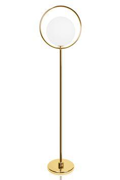 Saint golvlampa från Globen Lighting hos ConfidentLiving.se