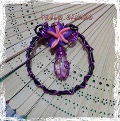 Circle flower brooch