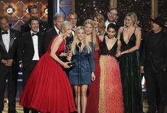 Emmy's 2017: 'The Handmaid's Tale' e 'Big Little Lies' são grandes vencedores https://angorussia.com/entretenimento/media/emmys-2017-the-handmaids-tale-big-little-lies-sao-grandes-vencedores/