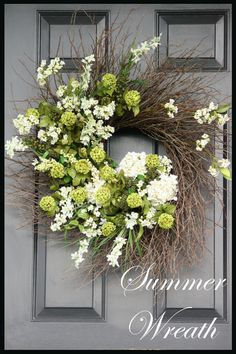 I have a GIANT twig wreath in my entry room, i would love to turn it into THIS! Wreath Crafts, Wreath Ideas, Initial Wreath, Grapevine Wreath, Decoration Crafts, Front Door Wreaths, Summer Door Wreaths, Front Door Decor, Spring Wreaths
