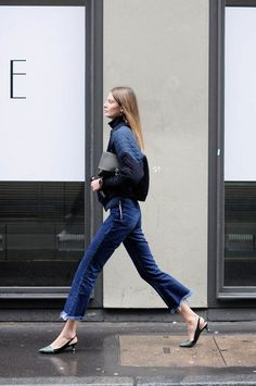 sling back shoes and cropped jeans