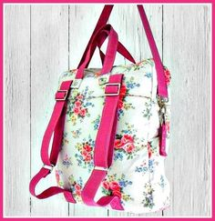 The Bookbag Backpack - PDF Sewing Pattern + How to Create an Easy Welt Seam Bag Patterns To Sew, Pdf Sewing Patterns, Sewing Tutorials, Sewing Projects, Mochila Tutorial, Patchwork Quilt, Backpack Pattern, Fabric Bags, Sew Bags