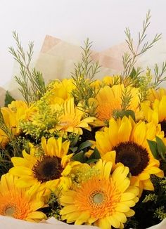 Cape Peninsula Flower & Gift Delivery for all occasions. Whether you are looking for luxury or budget, our flower shops have what you are looking for. Gift Delivery, Cape, Yellow, Flowers, Plants, Gifts, Mantle, Cabo, Presents