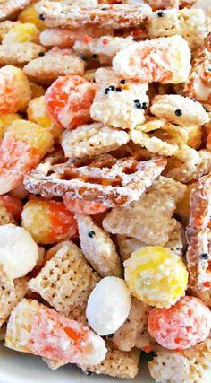 Fall Snack Mixes, Snack Mix Recipes, Fall Snacks, Recipes Appetizers And Snacks, Fall Recipes, Holiday Recipes, Fall Popcorn Mix, Desserts, Halloween Popcorn
