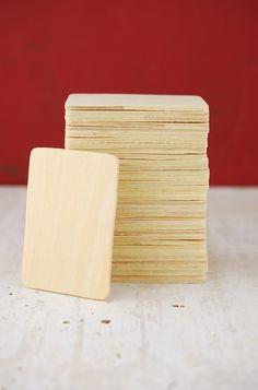 Wood Rectangle 3 x 2in (Pack of 36) Para hcer proyectos con imagenes de pinturas famosas o con trabajo de los estudiante. Luego se exponen en la clase o en el pasillo de la escuela; esto le da orgullo al estudiante y practican español al presentarlo oralmente a la clase. Martha Melara