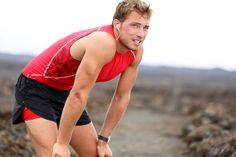 Никто не может сказать со стопроцентной уверенностью, что бег влияет на наш организм исключительно в позитивном ключе, точно так же, как и не доказан стопроцентный вред. У бега, как и у всего, что происходит в нашей жизни, есть как позитивные, так и негативные стороны. Всё зависит от вашего состояния здоровья, а такжеколичества и интенсивности тренировок. Начнём, пожалуй, с позитивных сторон. За Факт № 1.Люди, которые пробегают более 35миль (56км) в неделю, на 54% меньше страдают от…