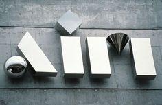 0009_aim_logo_sign01