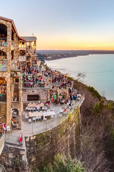 When it's too hot in Austin, you can cool down with the locals at Lake Travis and enjoy the view from Oasis Texas Co. Looking for a quick and easy getaway from Austin? These are the best day trips from Austin Texas you'll want to take next with tips on what to do and more // Local Adventurer #localadventurer #texastravel #roadtrip #visittheusa #usatravel #usaroadtrip #ustraveldestinations #roadtripusa Texas Travel, Travel Usa, The Oasis Lake Travis, Best Travel Guides, Travel Tips, Beautiful Places In America, American National Parks, Us Travel Destinations, Best Hikes