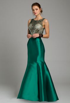 Shine at prom in thi