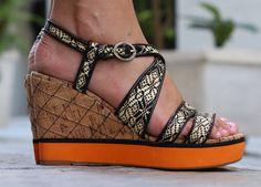 The Bananas  wiwt  #ootd  #athens  #greece  #fashionblog  #fashionblogger  #sotd  #travel  #travelblogger  #love  #lovebyn  #runway  #shop  #shopping  #fashion  #cool  #lookbook  #photography  #designer  #black  #model  #view  #greece  #dress  #heels  #sunglasses  #tods  #clovercanyon  #bimbaylola