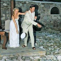 Johnathon Sliverman and Jennifer Finnigan #greekweddingcandles
