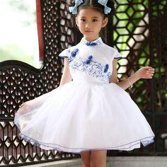 BL-Chinese-Style-Kids-font-b-Fashion-b-font-Designer-font-b-Dress-b-font-Traditional.jpg (725×725)