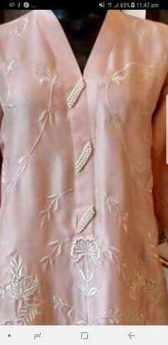 Neck Designs For Suits, Neckline Designs, Sleeves Designs For Dresses, Dress Neck Designs, Stylish Dress Designs, Sleeve Designs, Stylish Dresses, Blouse Designs, Pakistani Dresses Casual