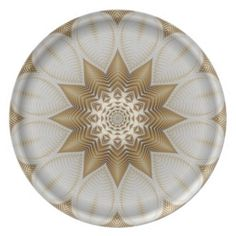 Elegant 12-pointed Gold and White Mandala Party Plate