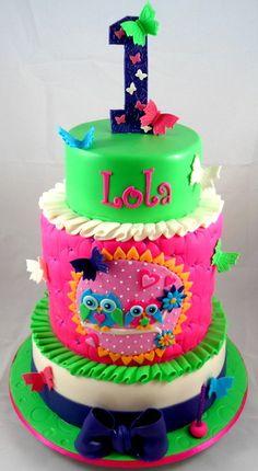 Lola's Owl Cake- 1st Birthday - by littleacrecakemaker @ CakesDecor.com - cake decorating website
