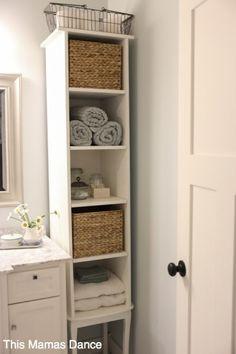 clevere Badezimmer Organisation DIY Projekte - For the Home - White Bathroom Shelves, Small Bathroom Organization, Ikea Bathroom, Home Organization Hacks, Master Bathroom, Clever Bathroom Storage, Neutral Bathroom, Bad Inspiration, Bathroom Inspiration