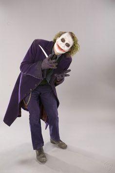 Great Promo Photos of Heath Ledger as The Joker — GeekTyrant