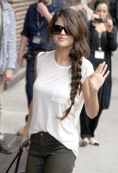 Giải mã kiểu tóc tết lệch sexy phá đảo thế giới ảo của Selena Gomez - Ảnh 9.