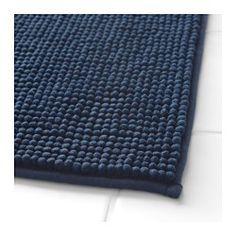 IKEA - TOFTBO, Baderomsmatte, Ekstra myk, absorberende og den tørker raskt, siden den er laget av mikrofiber. Bath Rugs, Bathroom Rugs, Downstairs Bathroom, Ikea Bath, Blue Bath Mat, Bath Design, Amazing Bathrooms, Rugs On Carpet, Dark Blue
