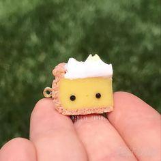 Hey everyone! Here is this kawaii lemon meringue pie hope you like it!!