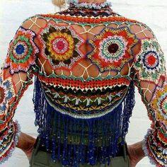 Exceptional Stitches Make a Crochet Hat Ideas. Extraordinary Stitches Make a Crochet Hat Ideas. Crochet Bolero, Poncho Au Crochet, Crochet Jacket, Freeform Crochet, Crochet Cardigan, Knit Crochet, Crochet Designs, Crochet Patterns, Moda Crochet