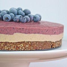 raw blueberry cheesecake!