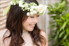 Head Wreath in White