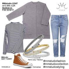 Podzimní #mmstudiolook s naším kabátkem #mmstudiocoat a pruhovaným námořnickým tričkem #mmstudionavytshirt …conversky musí být, obzvláště na #teniskology a takovéhle jeans asi nutně potřebuju…