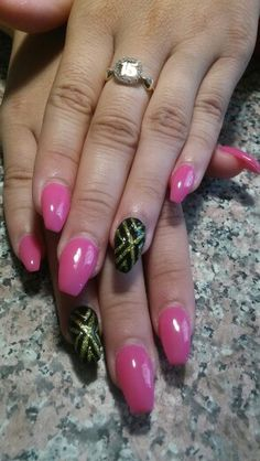 Pink and black ballett acrylic nails by jozy hernandez