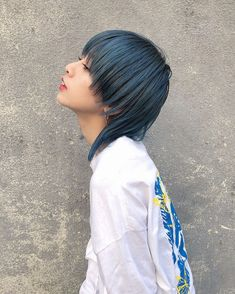 Short Hair With Bangs, Hairstyles With Bangs, Short Hair Cuts, Easy Hairstyles, Shot Hair Styles, Curly Hair Styles, Edgy Hair, Aesthetic Hair, Face Hair