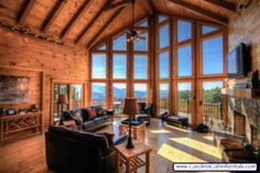 Hidden Ridge Luxurious Living Room with Views off the Blue Ridge Parkway