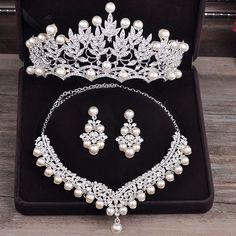 Bride Diaries New Design Crystal Pearl Bride 3pcs Set Necklace Earrings Tiara Bridal Wedding Jewelry Set Accessories