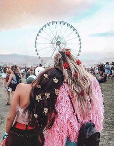 10 Best Vacation Spots If Your Missing The Warm Weather - - Coachella Photos Bff, Best Friend Photos, Best Friend Goals, Best Friends Shoot, Cute Friends, Besties, Bestfriends, Tumblr Bff, Photographie Portrait Inspiration
